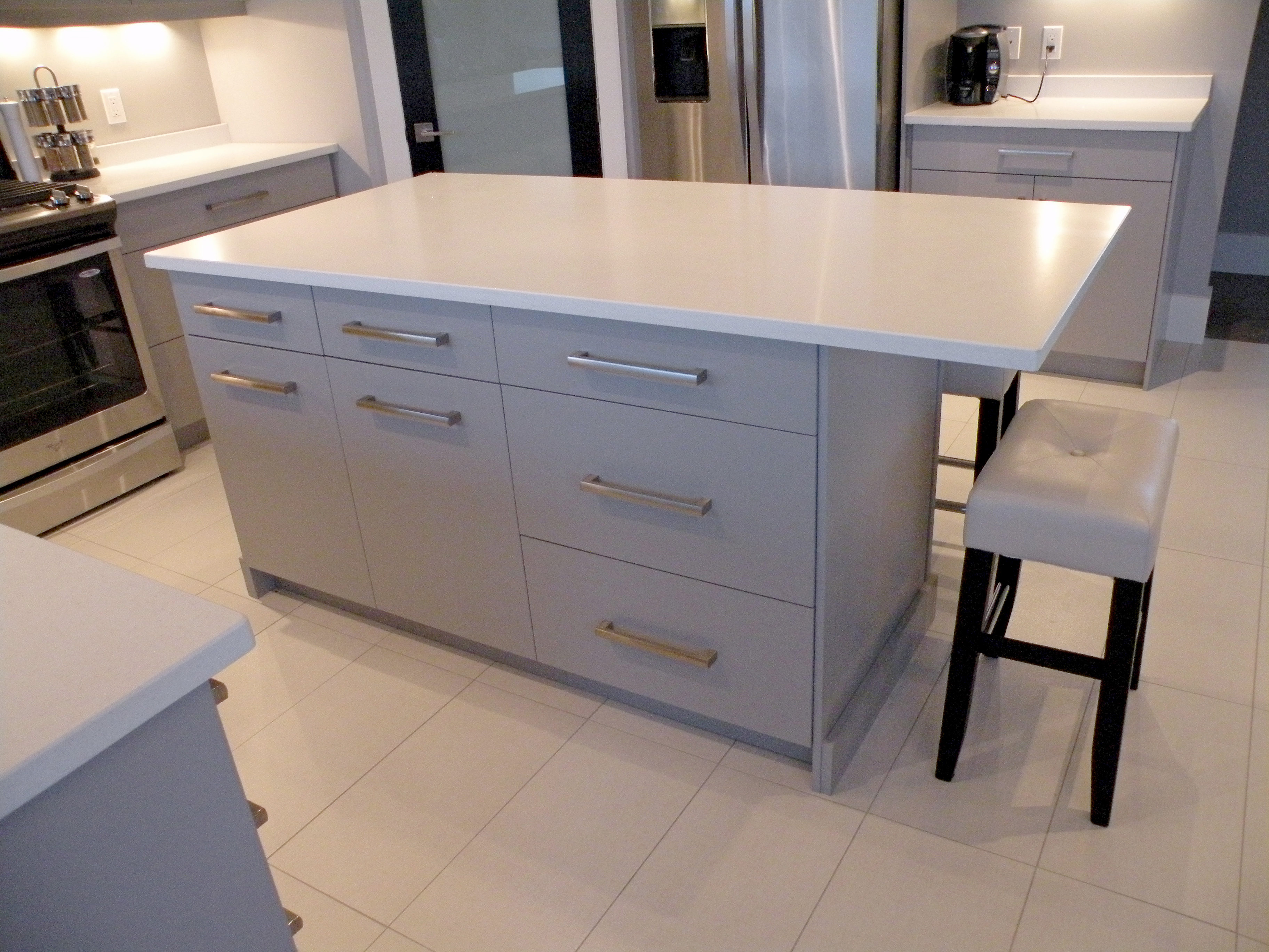 Kitchen Islands With Seating Plans